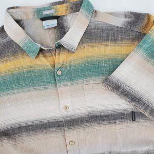 Columbia Short Sleeve Button Down Shirt Si…